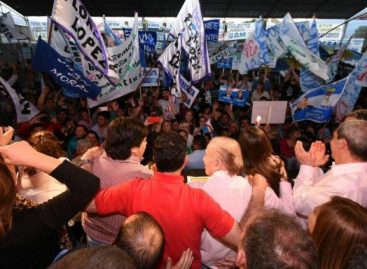 "Carlos Menem pronosticó que ""el PJ va a arrasar en las urnas"""
