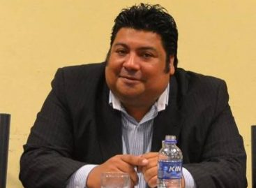 Daniel Elías reculó y se volvió a alinear a la 'Casa de las Tejas'