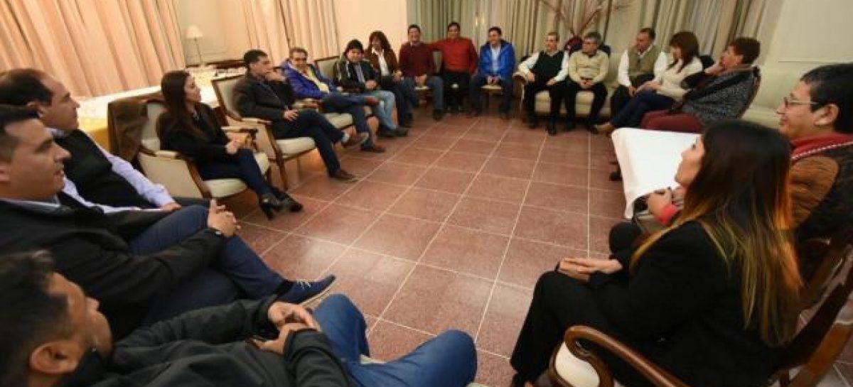 Intendentes se encolumnaron tras la fórmula Menem-López