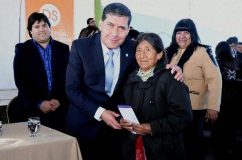 Aumentan monto de la Tarjeta Social para 18.750 beneficiarios