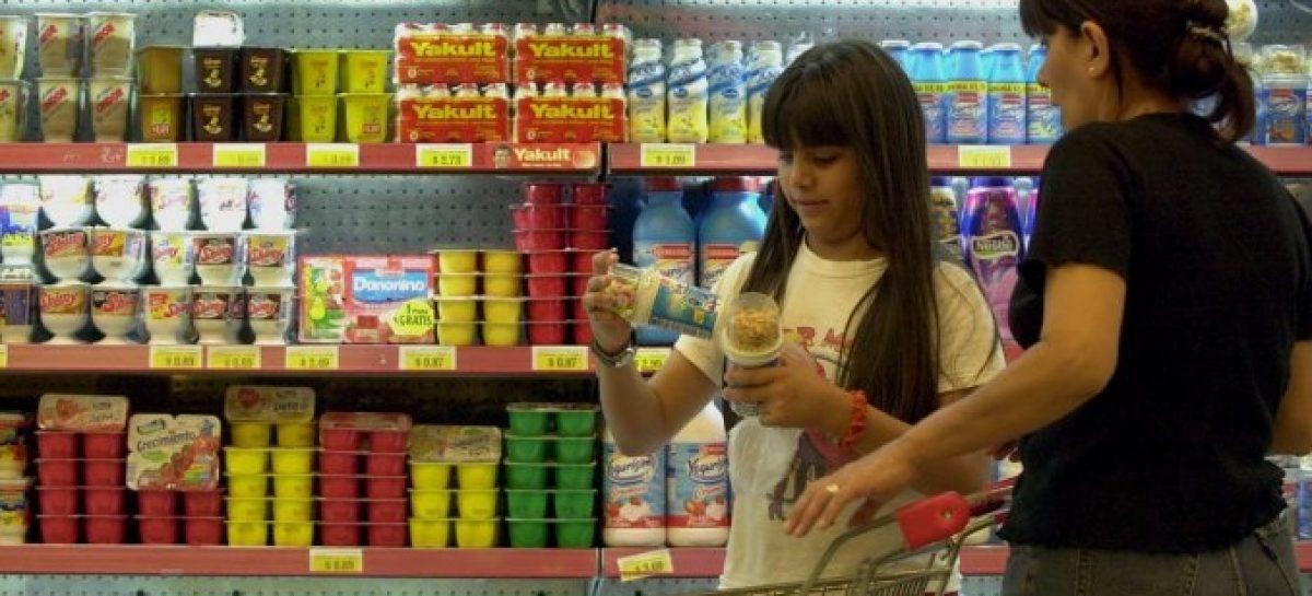 Golpe al bolsillo. Alimentos arrancan la semana con subas de hasta 15%