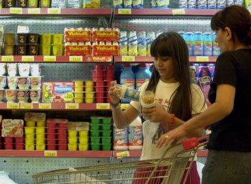 Pese a la recesión, marcas remarcan sus precios en supermercado