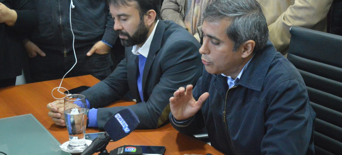"""Paredes denunció """"conspiración política"""" contra su gestión"""