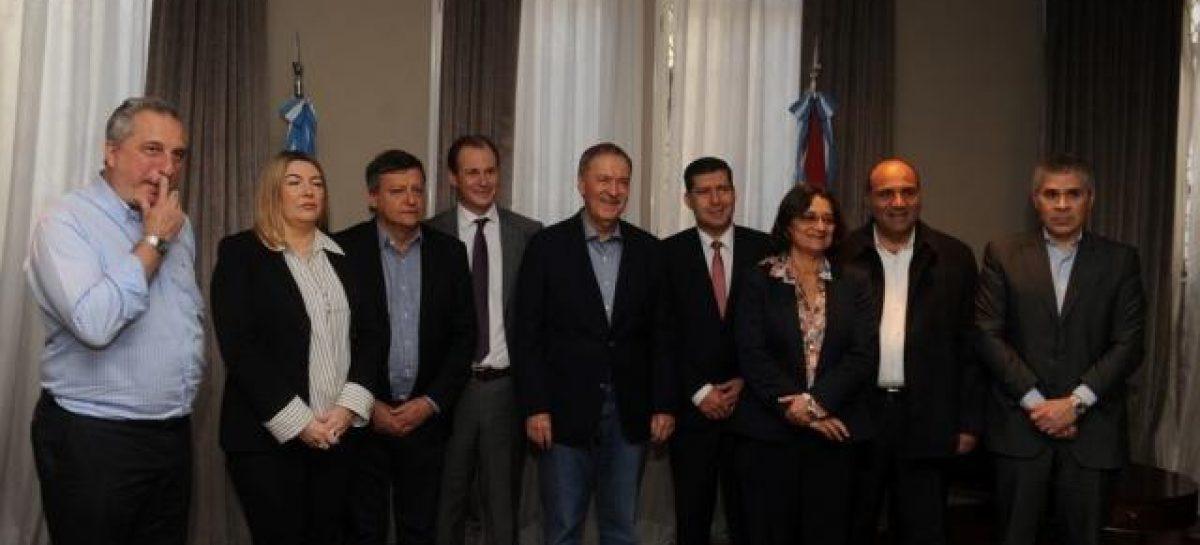 Unidos, gobernadores del PJ reclamarán por fondos a Macri