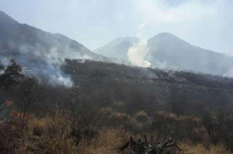 Incendio forestal al pie del cerro El Morro devoró 5 hectáreas