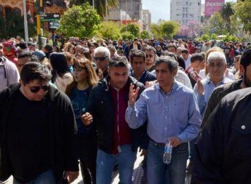 Paredes avaló el paso del transporte urbano a provincia