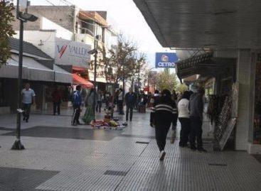 El comercio cruzó al municipio por un veto a rebajas de tasas