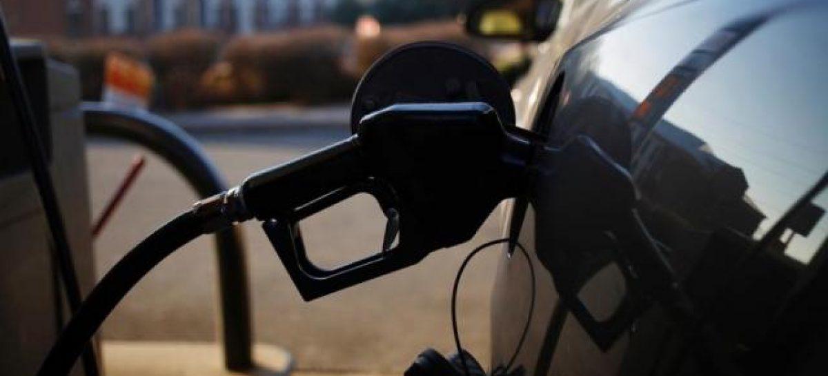Chau controles. Nación libera el precio del combustible