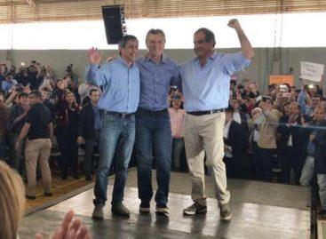 Junto a Martínez y Paredes, Macri defendió su administración