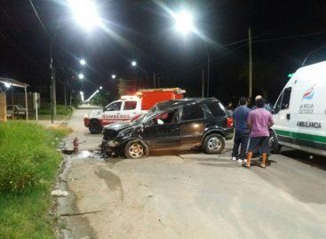 Volcó su camioneta, la destruyó pero salió ileso