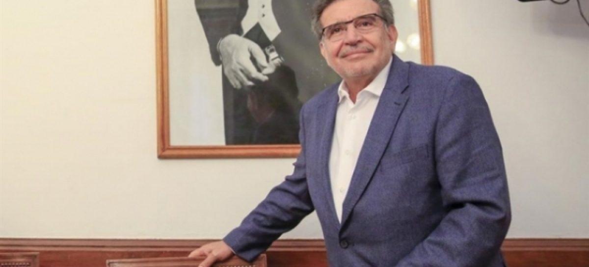 Beder mantiene su candidatura a gobernador por fuera del PJ