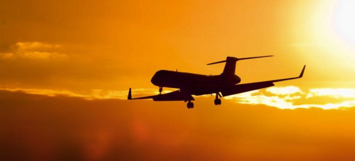 Lunes sin vuelos. Aeronáuticos se suman al paro de la CGT