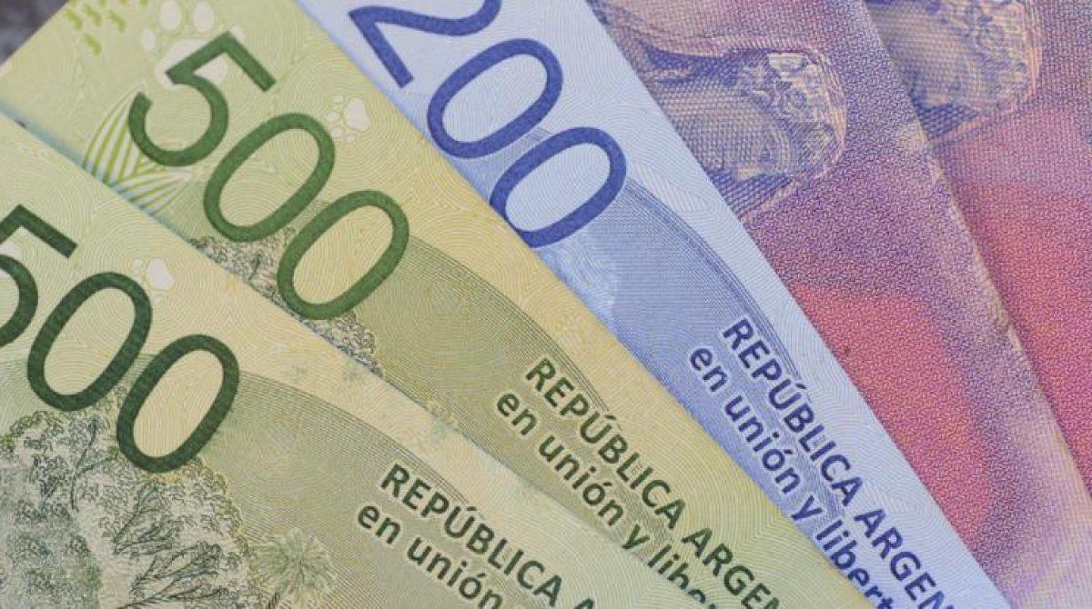 Sin peso ni injerencia, gremios esperan el anuncio de aumento salarial