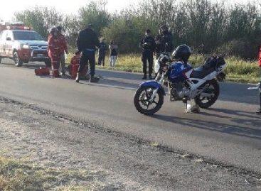 Un motociclista impactó a un ciclista de 83 años y lo mató
