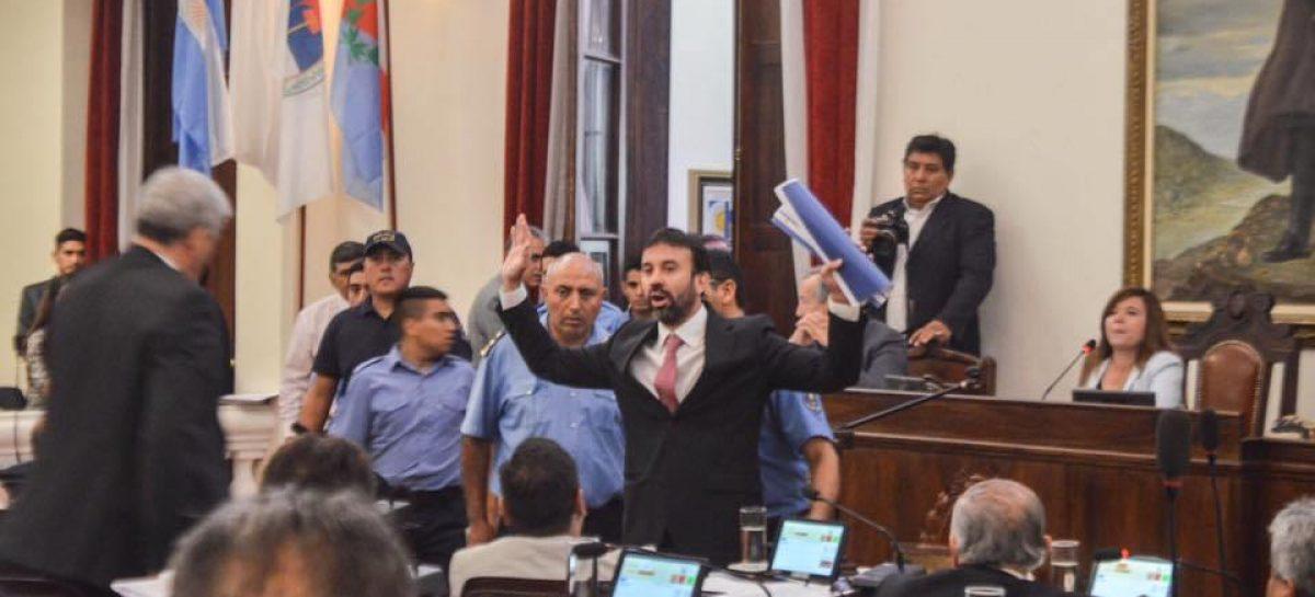 El PJ votó la exclusión de Felipe Alvarez y no asume su banca