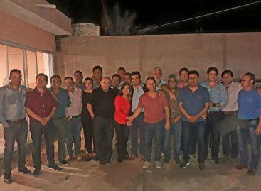 Casas y Beder mantienen el pleno respaldo de diputados del PJ