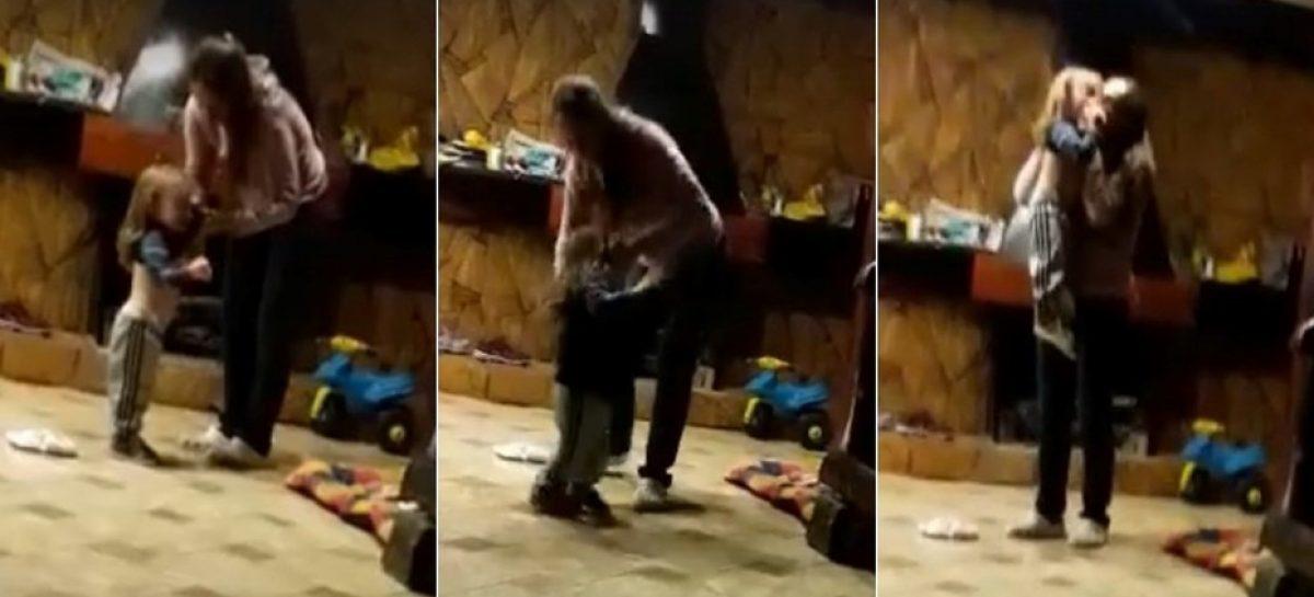 Golpeó ferozmente a su hijo, fue grabada y perdió la tenencia