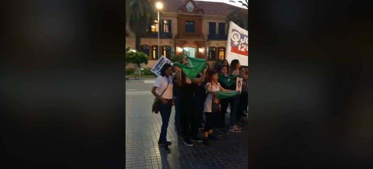 Pañuelazo a favor del aborto en La Rioja