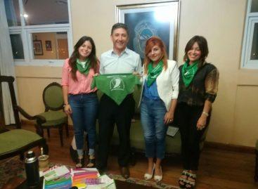 El rector de la UNLaR a favor de la legalización del aborto