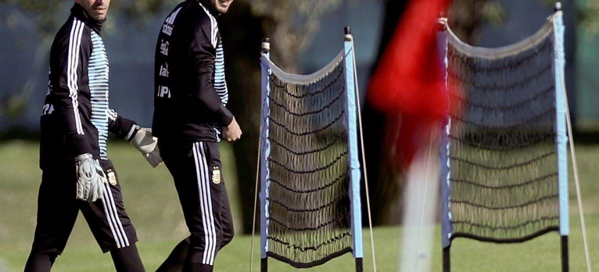 Caballero saca ventaja sobre Armani para vestir el buzo de la Selección