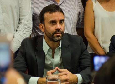 Felipe Alvarez no descarta ir por la intendencia en 2019