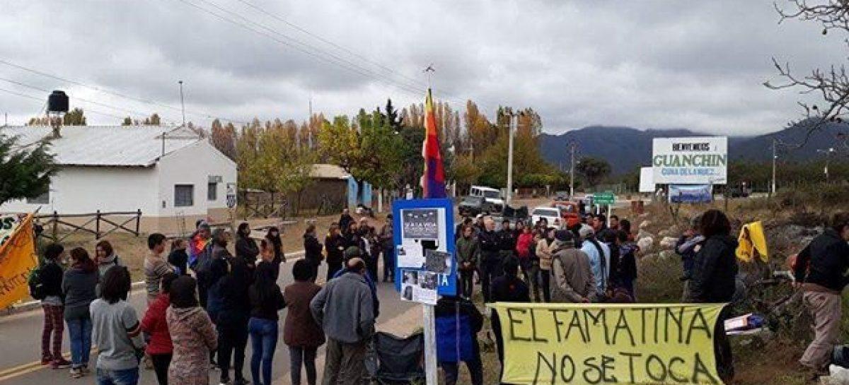 La minera SEARGEN tildó de político el corte de ruta y llamó al diálogo