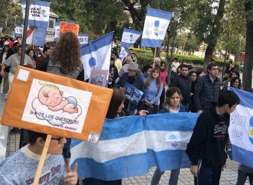 Sectores anti aborto legal volvieron a marchar en La Rioja