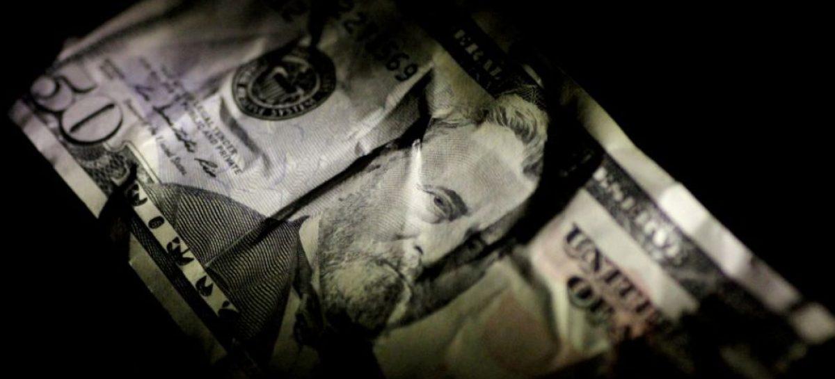 El peso más devaluado: el dólar quedó en $29,80