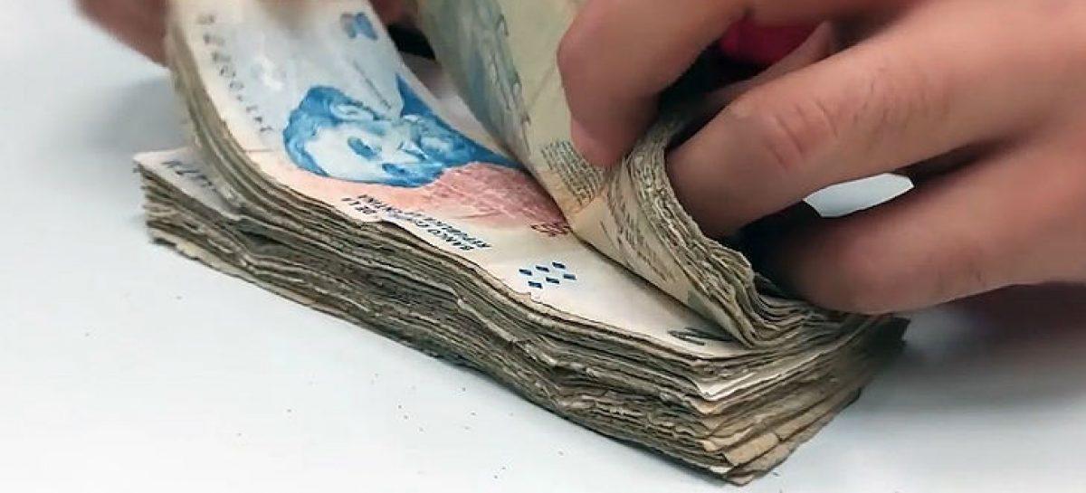 Finalmente salieron de circulación los billetes de 2 pesos