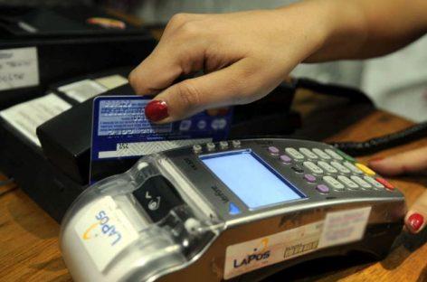 Ojo, desde junio será más caro endeudarse con tarjetas de crédito
