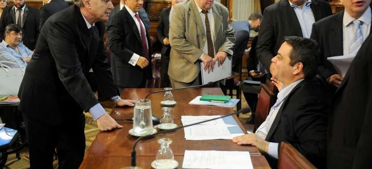 El PJ advirtió que la Reforma Laboral no pasará el Senado