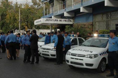 Nombran 40 nuevos policías para fortalecer la fuerza provincial