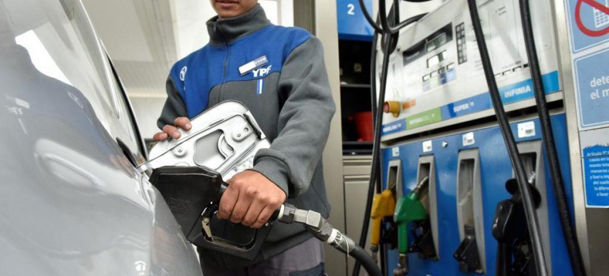La nafta en La Rioja cuesta hasta $33 el litro tras nuevo aumento