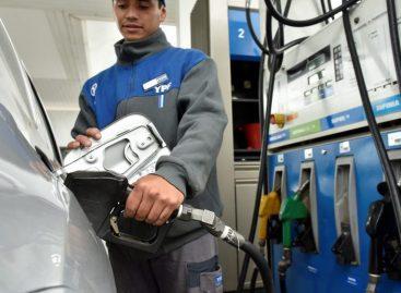 Fuerte aumento en las naftas : hasta 10% en La Rioja
