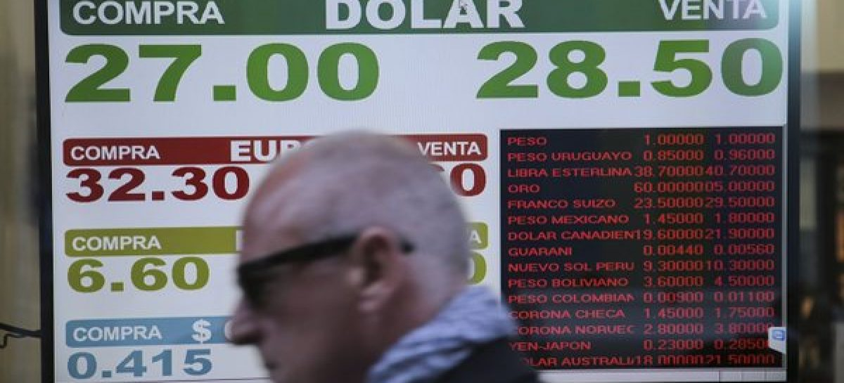 El dólar minorista sigue batiendo récords: $28,42