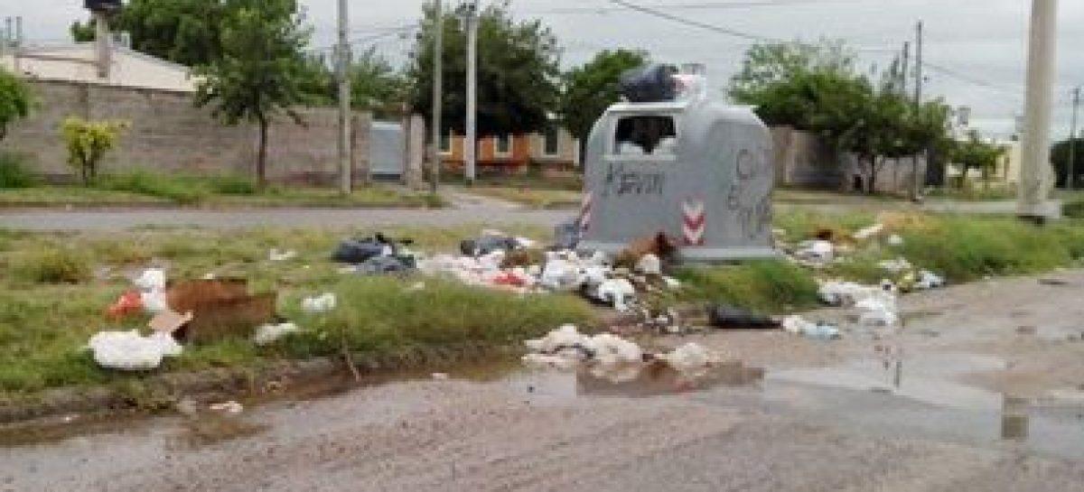 Denuncian que ensucian adrede con basura la Capital