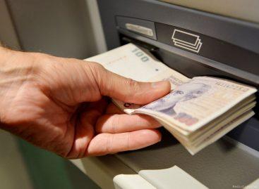 Jueves. Una nueva tanda de estatales percibe sueldos con aumento
