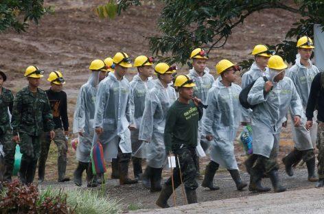 Tailandia. Culminó rescate de 12 niños de una cueva