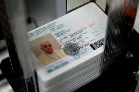 Tramitar el DNI aumenta un 200% y pasaporte 58%