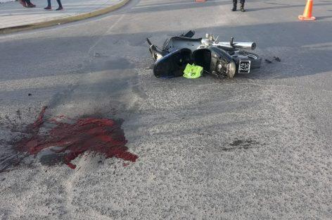 Chocó en su moto y quedó internado con gravísimas lesiones