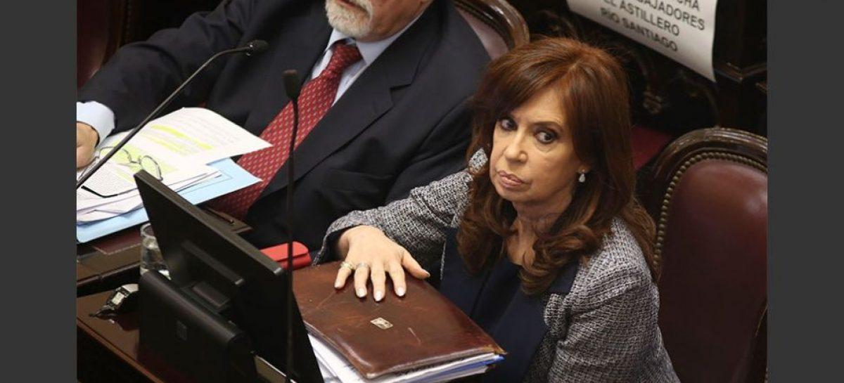 Murió un juez que debía juzgar a CFK en mayo