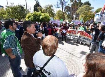 Protesta de Agricultura Familiar por amenaza de despidos masivos