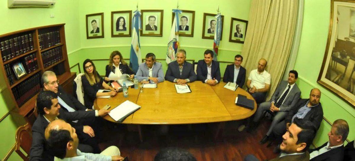 Desde la Legislatura, Paredes volvió a reclamar por fondos