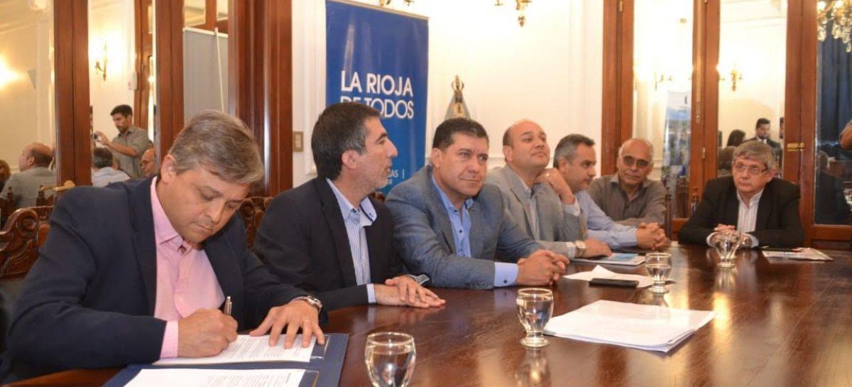 Con fondos propios, La Rioja avanza con la construcción de 246 viviendas