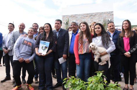 71 familias accedieron a la casa propia en Capital