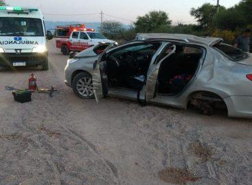 Tres heridos, el saldo de un vuelco en ruta 25