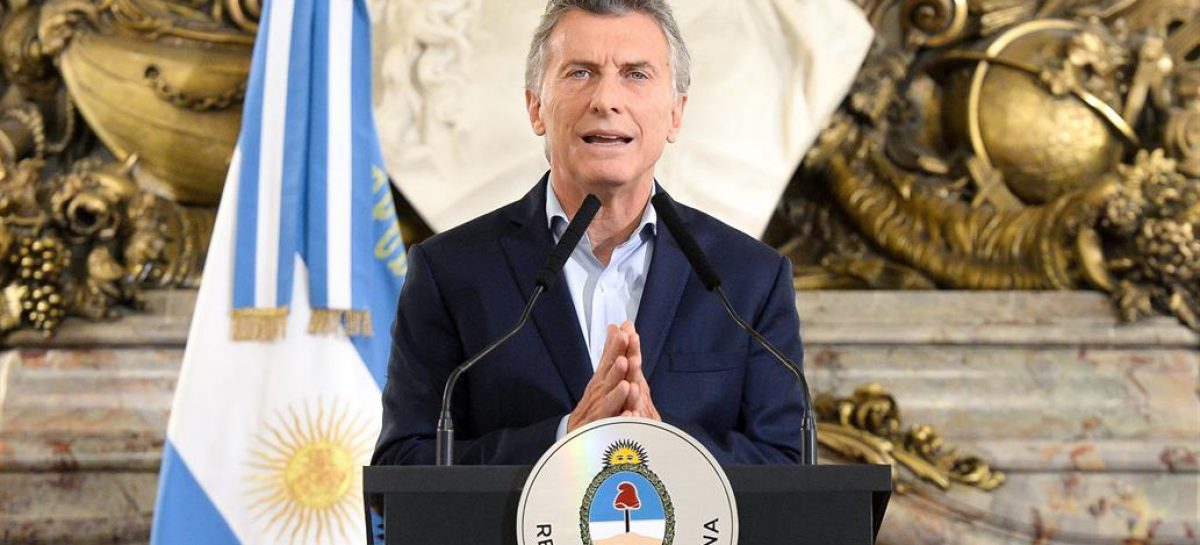 Macri relanza su política económica en un contexto de crisis