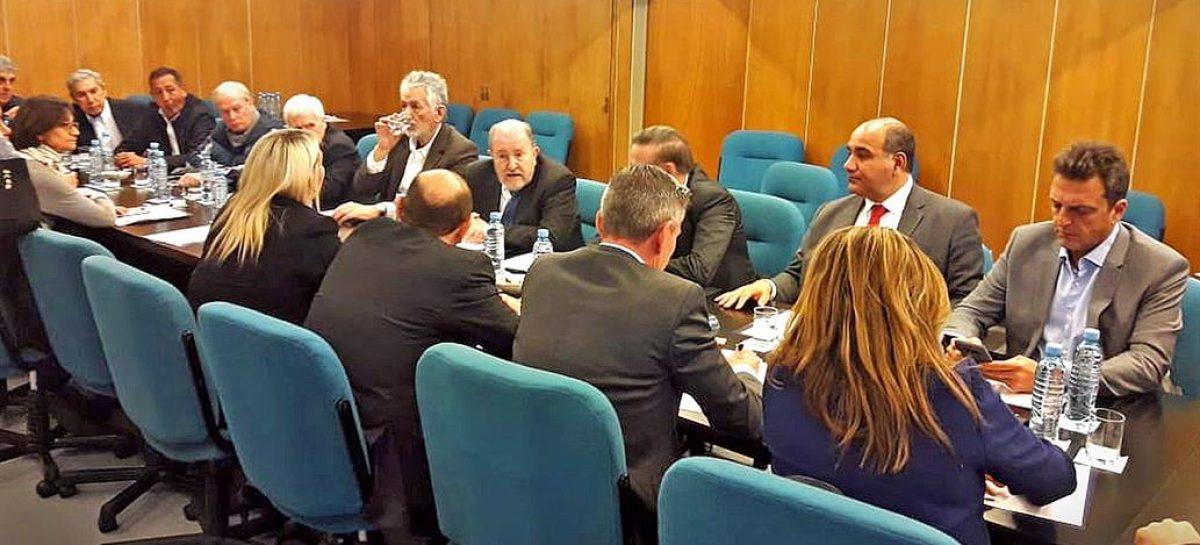 Provincias judicializarán el reclamo por el Fondo Sojero