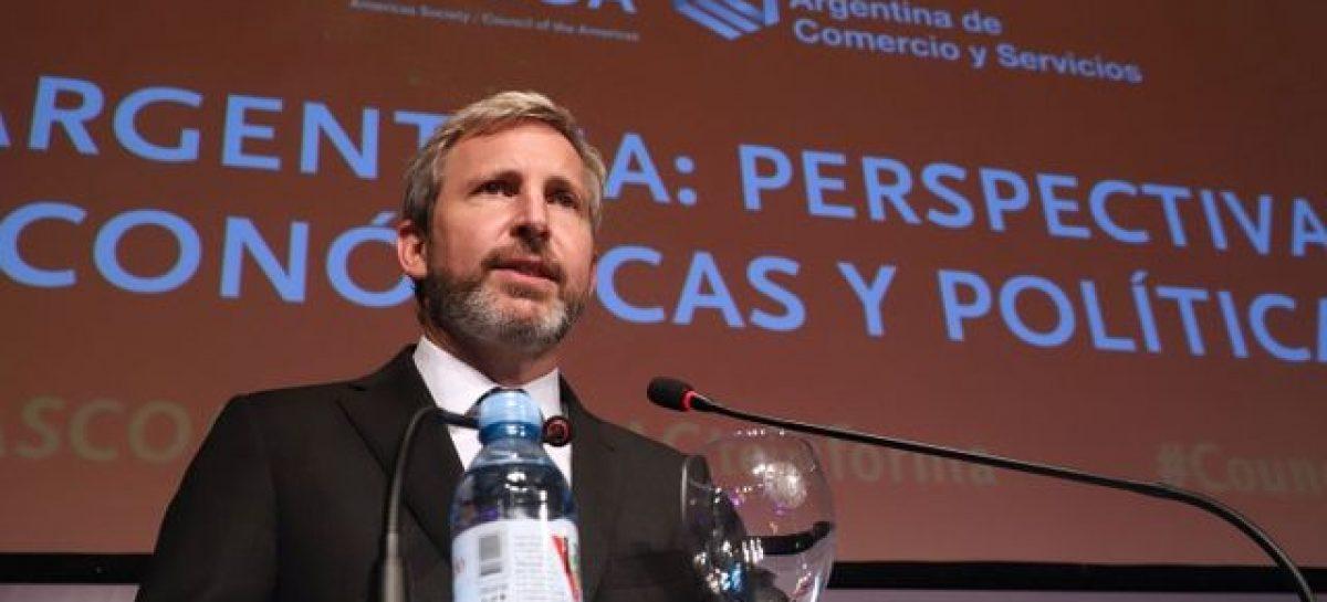 Analizan impuesto para propiedades de argentinos en el exterior