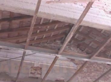 Se cayó parte del techo de la Iglesia San Francisco